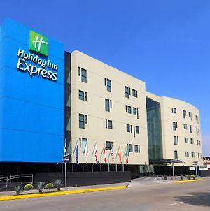 Holiday Inn Express Mexico Aeropuerto photos Exterior
