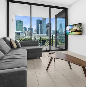 Two-Bed With City Views And Parking Near Galleries photos Exterior
