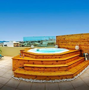 Luxury Sea-View Penthouse With Outdoor Jacuzzi photos Exterior