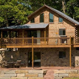 Log Cabin photos Exterior