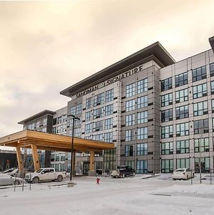 Sandman Signature Sherwood Park Hotel photos Exterior