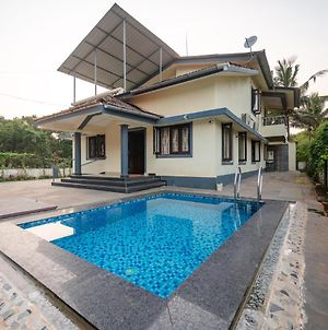 Villa Flora Private 4Bhk With A Pool photos Exterior