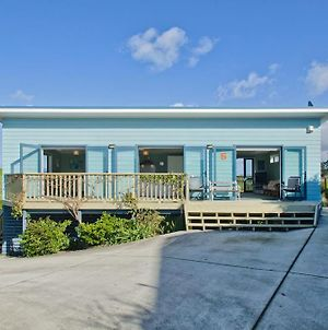 The Blue Cottage With Wifi- Waipu Holiday Home photos Exterior