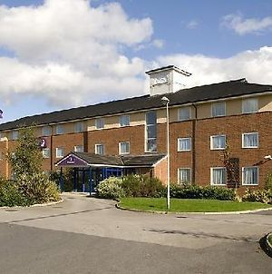 Express By Holiday Inn Wakefield M1 photos Exterior