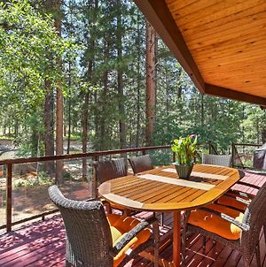 Riverside Winthrop Chalet With Hot Tub And 2 Decks! photos Exterior