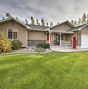 Private 2-Acre Home With Views Of The Teton River! photos Exterior