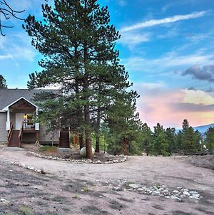 Gorgeous Twin Lakes Home With Deck Overlooking Mtns! photos Exterior