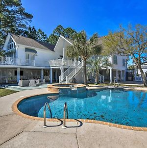 Spacious Pass Christian Home With Pool And Fishing Dock photos Exterior