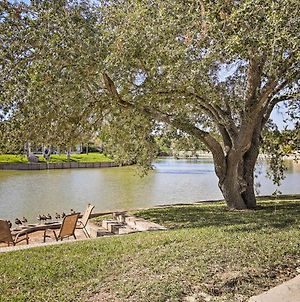 Waterfront Harlingen Home With Pool, Patio And Gazebo! photos Exterior
