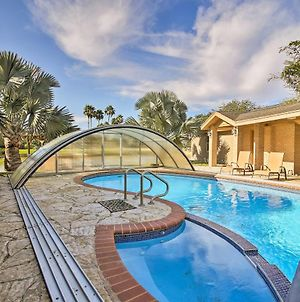 Waterfront Harlingen Home With Poolspa & Gazebo photos Exterior