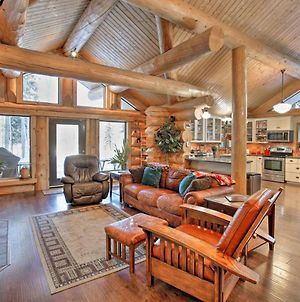 Secluded Log Cabin With Patio And Chena River Access! photos Exterior