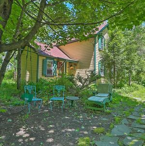 Sweet Fairytale Cottage' In Roscoe With Yard! photos Exterior