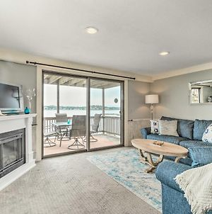Oceanfront Salem Condo With Deck, Walk To Beach photos Exterior