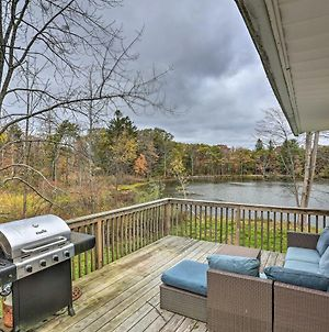 Upstate Family Lake House With Game Room And Deck! photos Exterior