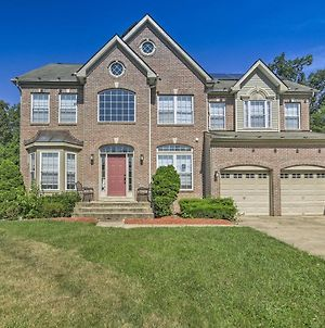 Family Home With Pool Access&Grill, 15 Mi To Dc photos Exterior