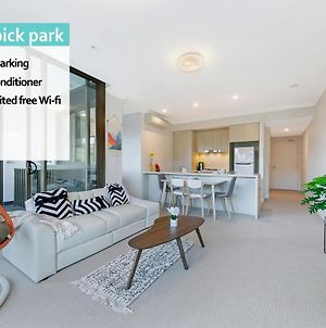 Olympic Park 2Bed 1Bath Stylish Design Room Nop001 photos Exterior