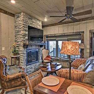 Well-Appointed Ski Nook With Deck On Top Of Beech Mtn photos Exterior