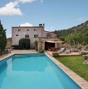 Pollenca Villa Sleeps 8 With Pool And Wifi photos Exterior