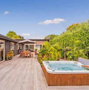 Wonder On The Water - Whitianga Holiday Home photos Exterior