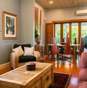 Characterful 2 Bedroom Ponsonby Villa With Private Garden Vr photos Exterior