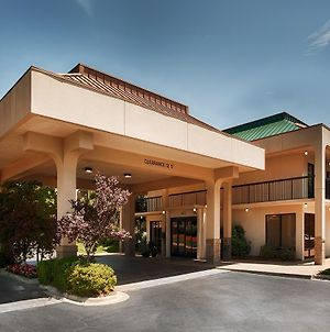 Surestay Plus Hotel By Best Western Southern Pines Pinehurst photos Exterior