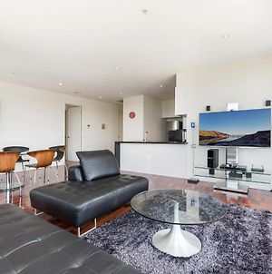 3-Bed Apartment With Parking Near Parks And Dining photos Exterior