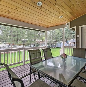 Lakeside Home With Game Room, Yard, Deck And Fireplace! photos Exterior