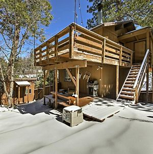 Cabin With Mtn Views And Deck, 5 Min To Arrowbear Lake! photos Exterior