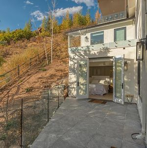 Marfil 4-Story Away-From-It-All Mountain Top Oasis photos Exterior
