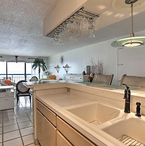 Oceanfront North Myrtle Beach Condo With Pool! photos Exterior