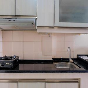 Homey 2Br At Serpong Greenview Apartment By Travelio photos Exterior