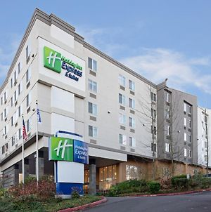 Holiday Inn Express Seattle - Sea-Tac Airport, An Ihg Hotel photos Exterior