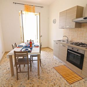 Holiday Apartment With Wi-Fi, Air Conditioning And Balcony; Parking Available; photos Exterior