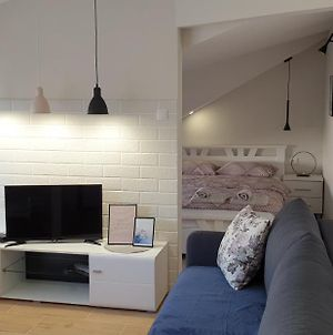 Lovely Private Flat+Free Breakfast+Free Parking photos Exterior