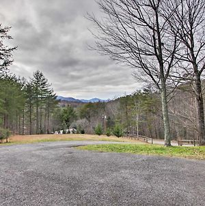 Serene Sevierville Home With Fireplace, Hot Tub, View photos Exterior