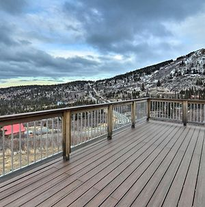 Modern Anchorage Home With Stunning Mtn Views! photos Exterior