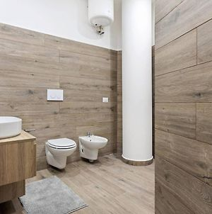 Modern And New Flat In Duomo Area photos Exterior