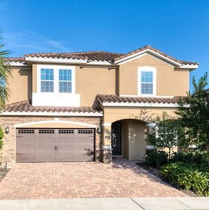 The Ultimate Guide To Renting Your Luxury 8 Bedroom Villa On Encore Resort At Reunion, Orlando Villa 3408 photos Exterior