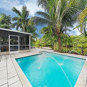 Beach Haven W/ Waterfront Saltwater Pool & Dock Home photos Exterior