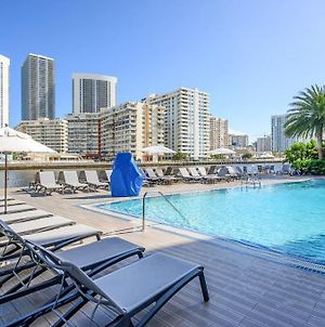 New Listing! Luxe Beach Dream With Infinity Pool Condo photos Exterior