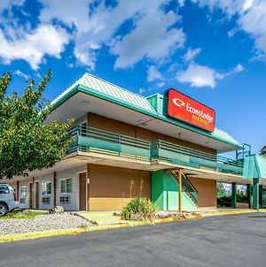 Econo Lodge Inn & Suites Spokane photos Exterior