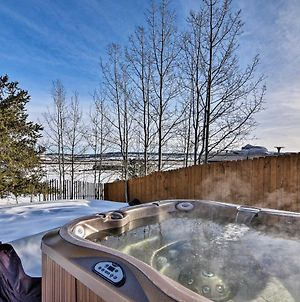 Mountain Retreat With Furnished Deck, Hot Tub And Views photos Exterior