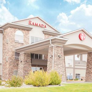 Ramada By Wyndham Pincher Creek photos Exterior