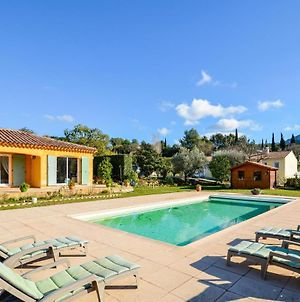 Stunning Apartment In Le Castellet W/ Outdoor Swimming Pool And Outdoor Swimming Pool photos Exterior