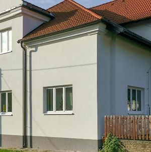 Awesome Apartment In Hodonin W/ Wifi And 1 Bedrooms photos Exterior