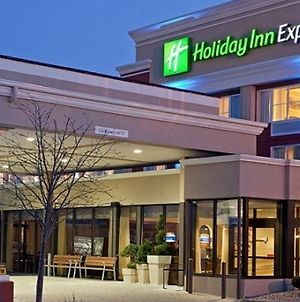Holiday Inn Express Greater Noida Knowledge Park photos Exterior