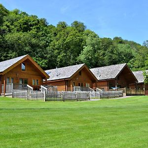 Coombe Mill Holidays photos Exterior