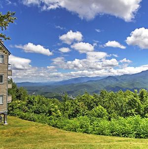 Updated Gatlinburg Studio With Indoor And Outdoor Pools photos Exterior