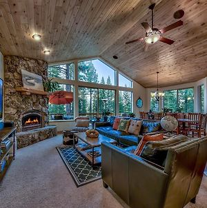Upscale Family Cabin With Hot Tub, 15 Min To Heavenly photos Exterior