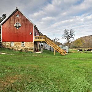 Unique Renovated Winona Barn With 2 Decks On 80 Acres photos Exterior